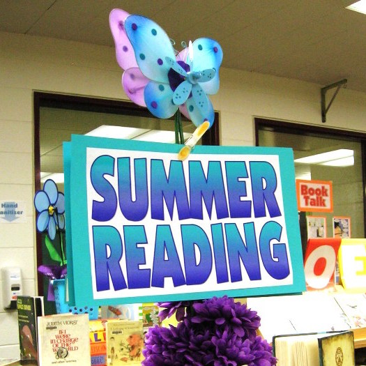 summer reading sign-1